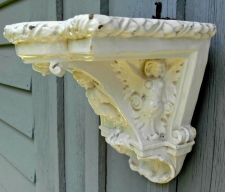 Centennial Italian majolica wall bracket or hanging shelf c1900