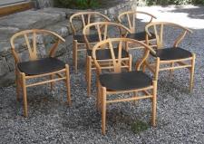 Hans Wagner wishbone chairs in beech c2006