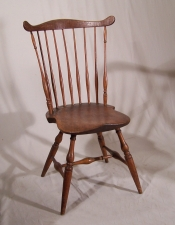 Early American country New England comb back Windsor chair with saddle seat c 1780