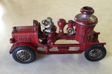 Hubley cast iron red toy fire pumper truck c1930